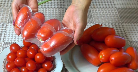 Удивительно полезный совет, как заморозить томаты своими руками