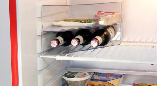 Чистота в холодильнике: 8 гениальных советов, которые помогут сохранить порядок на кухне.