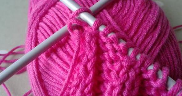 Как соединить нити при вязании спицами: ткацкий узел и безузелковый способ...