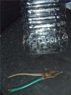 Многоуровневый контейнер для лука из 5-литровой пластиковой бутылки
